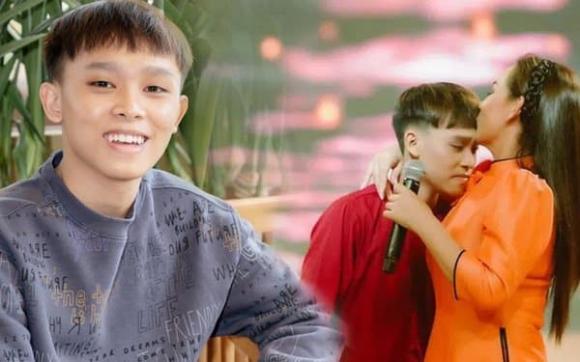 ca sĩ Phi Nhung, ca sĩ Hồ Văn Cường, ca sĩ Long Nhật, sao Việt