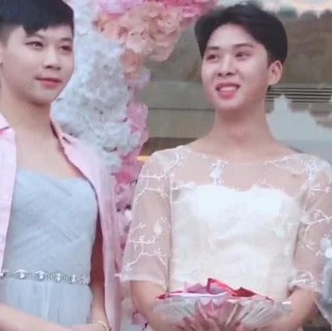 phù dâu xinh hơn cô dâu, đám cưới lạ, mang xã hội