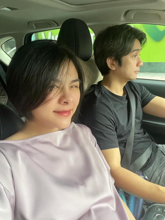 Vân Trang mang bầu lần 2, ông xã thương vợ bị nghén nặng nên bày đủ trò để dụ ăn uống