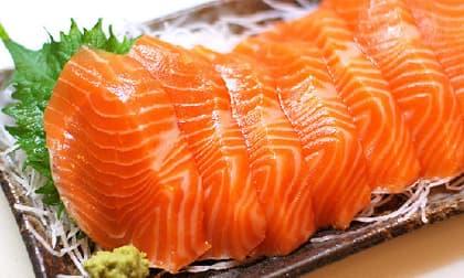 Nếu muốn con sinh ra luôn khỏe mạnh, mẹ bầu đừng dại mà bỏ qua những loại hải sản cực tốt này
