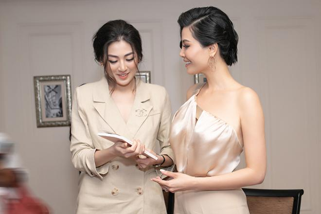 NTK Đức Hùng - Á hậu Tú Anh dự ra mắt sách của cựu siêu mẫu Vũ Cẩm Nhung 7