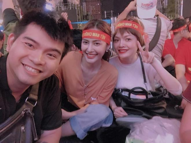 sao Việt ăn mừng Việt Nam đạt huy chương vàng 2