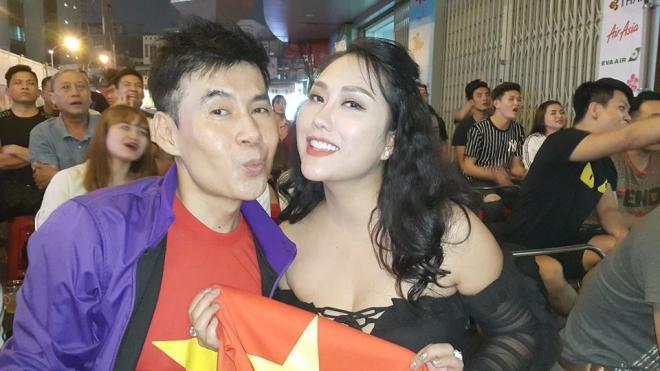 sao Việt ăn mừng Việt Nam đạt huy chương vàng 3