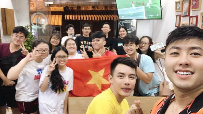 sao Việt ăn mừng Việt Nam đạt huy chương vàng 8