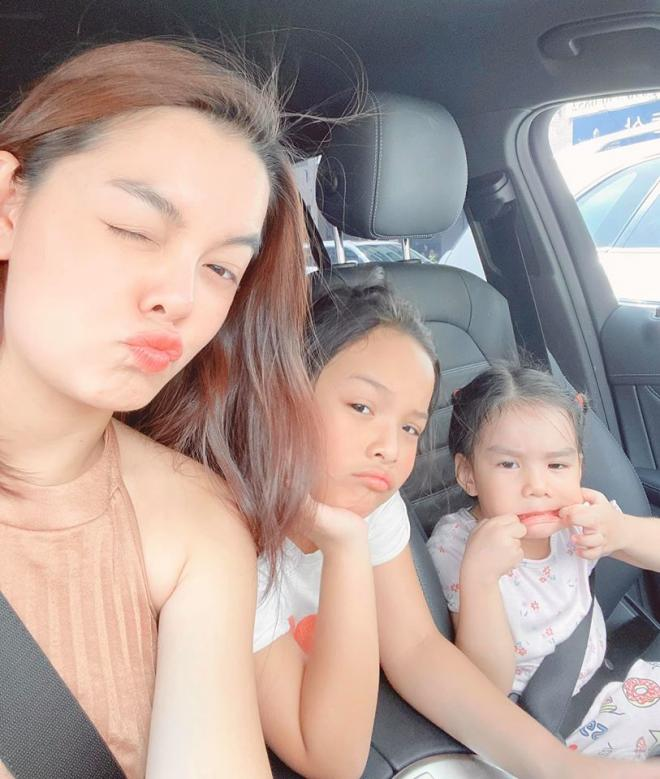 Phạm Quỳnh Anh chia tay hai con gái 1