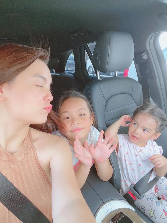 Phạm Quỳnh Anh chia tay hai con gái 2