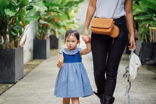 Hà Anh và con gái 3
