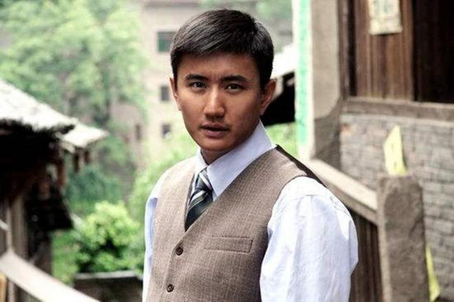 'Cậu bé vàng trong làng phim Quỳnh Dao' thi 3 lần mới đỗ Đại học, hơn 20 năm vào nghề vẫn giậm chân tại chỗ 10