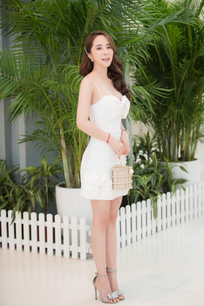 Diễn viên Quỳnh Nga tiết lộ bí quyết hà khắc để giữ cân và dáng 7