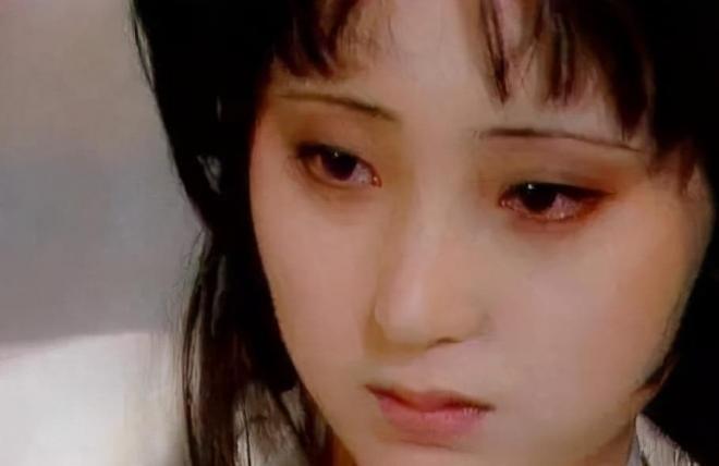 Mười ba năm trước, Trần Hiểu Húc và chồng cùng đi tu, sau cô bị bệnh mà chết, người chồng bị đồn là đã hoàn tục và tái hôn 6