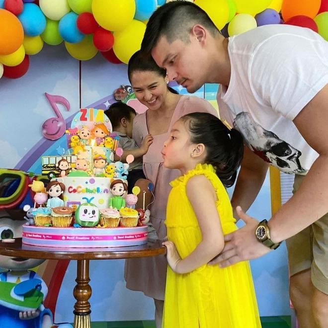 sinh nhật con gái mỹ nhân đẹp nhất Philippines 2