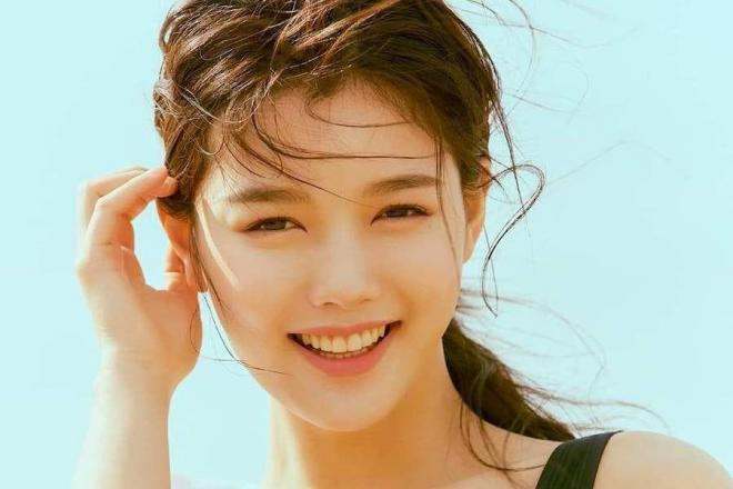 sao Hàn kế nhiệm Song Hye Kyo, Jun Ji Hyun và Kim Tae Hee 4