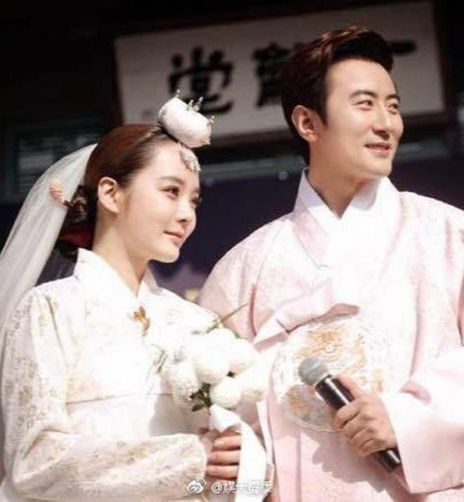Hậu ly hôn, Chae Rim xuất hiện với vẻ tiều tụy, ẩn ý về cuộc sống 'một mình một bóng' 6
