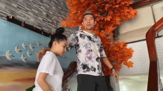 Hot girl Ngân 98 khoe cơ ngơi đồ sộ 8 tầng, giàu nhất thị xã ở quê nhà Bình Định 0