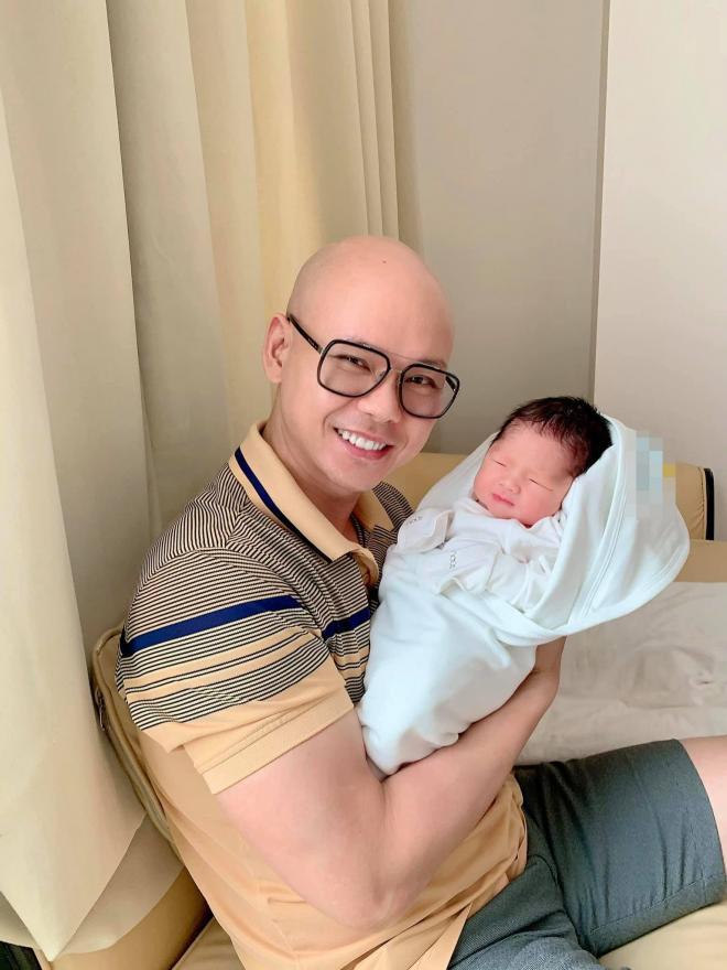 sao Việt sinh con năm 2021 0
