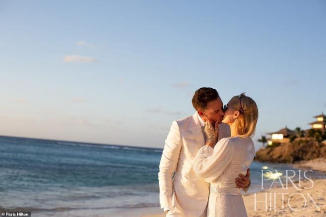 Sinh nhật tuổi 40, 'tiểu thư Hollywood' Paris Hilton được cầu hôn bằng nhẫn kim cương khổng lồ 7
