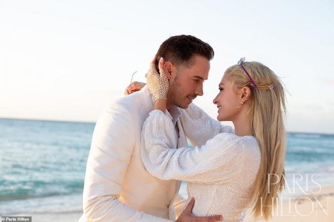 Sinh nhật tuổi 40, 'tiểu thư Hollywood' Paris Hilton được cầu hôn bằng nhẫn kim cương khổng lồ 6