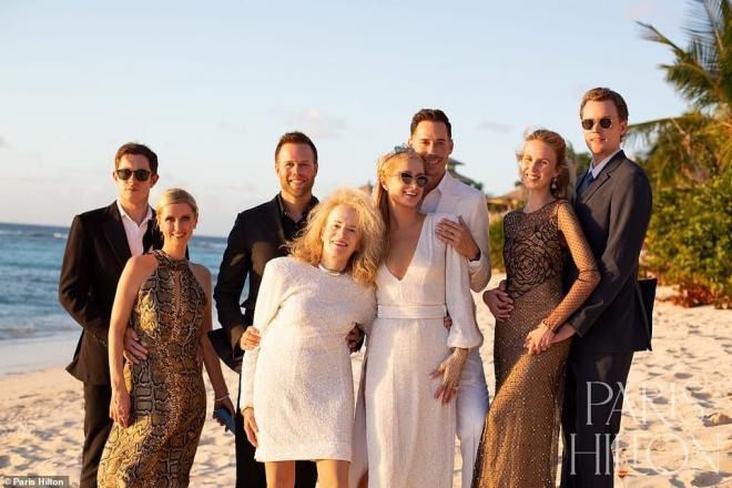 Sinh nhật tuổi 40, 'tiểu thư Hollywood' Paris Hilton được cầu hôn bằng nhẫn kim cương khổng lồ 17