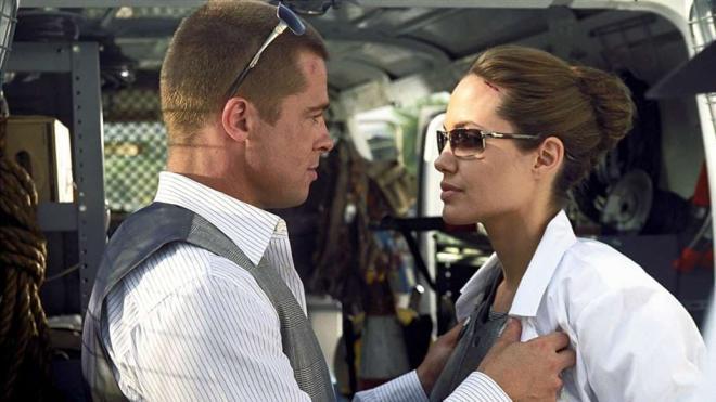 Jennifer Aniston và Brad Pitt 7