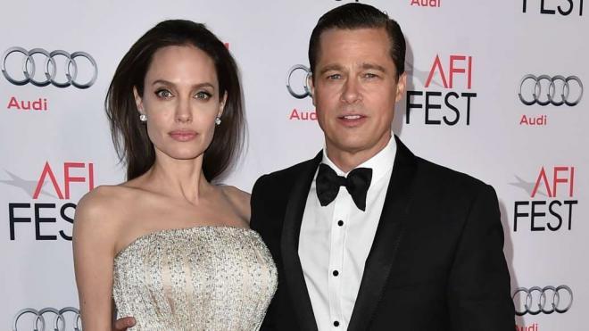Jennifer Aniston và Brad Pitt 4
