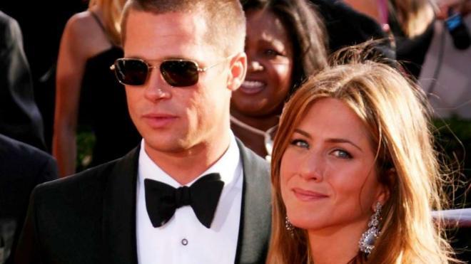Jennifer Aniston và Brad Pitt 18