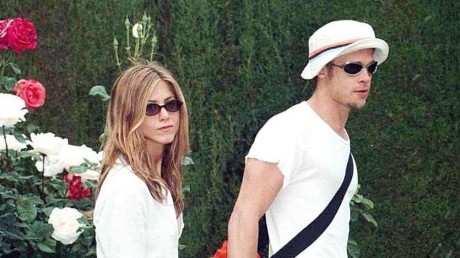 Jennifer Aniston và Brad Pitt 12