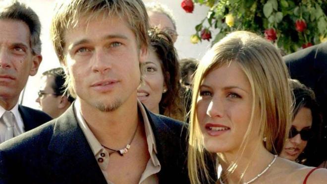 Jennifer Aniston và Brad Pitt 11