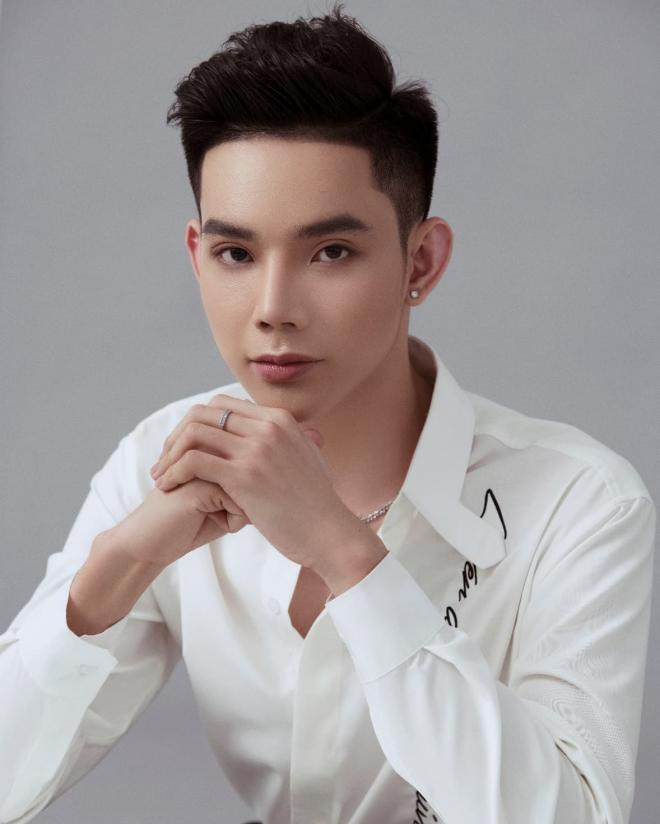 Nguyễn Quang Hiển, Phun xăm thẩm mỹ, Huỳnh Hiển Beauty Academy