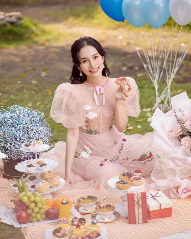 sinh nhật vợ Dương Khắc Linh  2