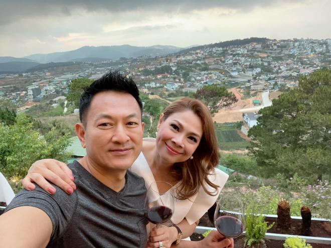 con gái Thanh Thảo theo học ở Việt Nam  0