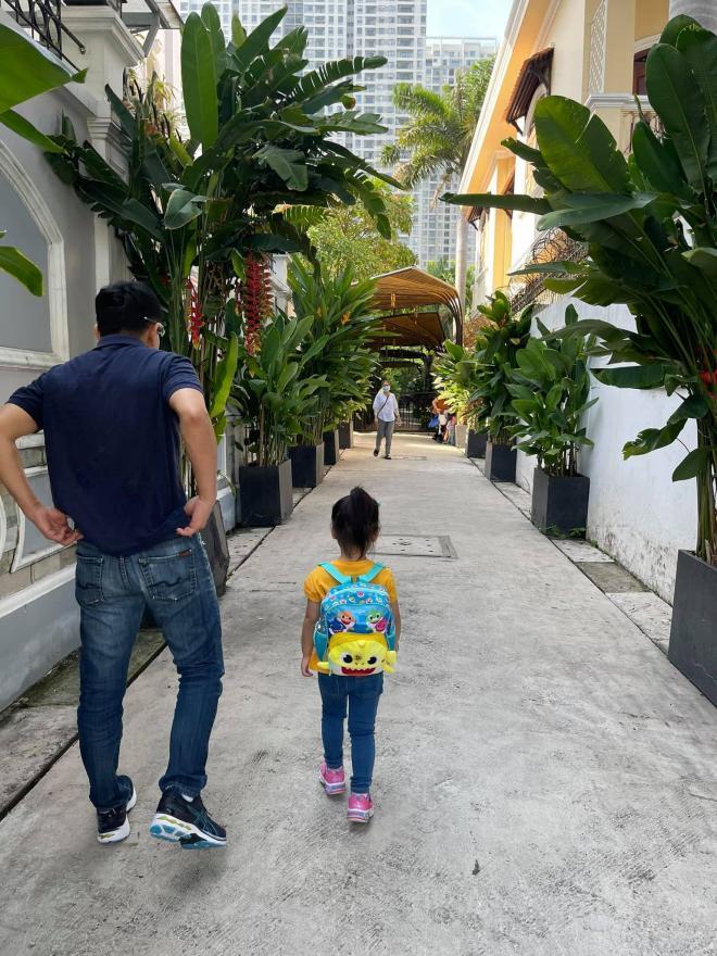 con gái Thanh Thảo theo học ở Việt Nam  4