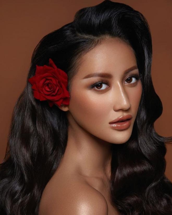 Hoa hậu Hoàn vũ Indonesia 5