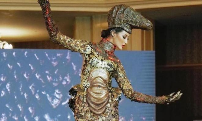 Hoa hậu Hoàn vũ Indonesia 10