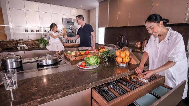 không gian bếp nhà Đoan Trang 0