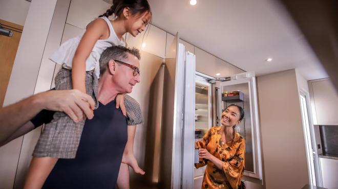 không gian bếp nhà Đoan Trang 14
