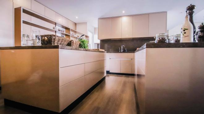 không gian bếp nhà Đoan Trang 2