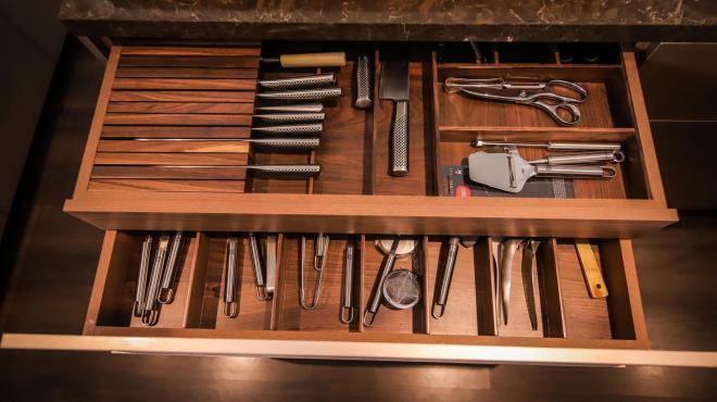 không gian bếp nhà Đoan Trang 8