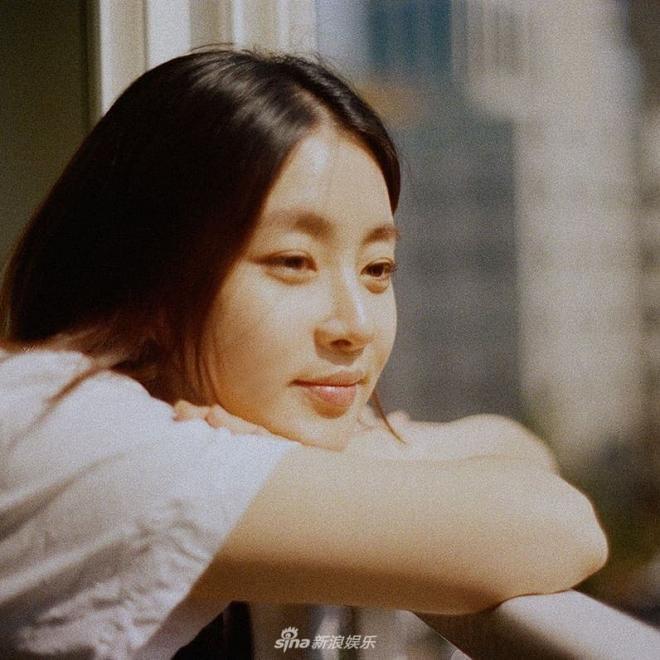 Động thái đầu tiên của Hyun Bin sau khi công khai hẹn hò