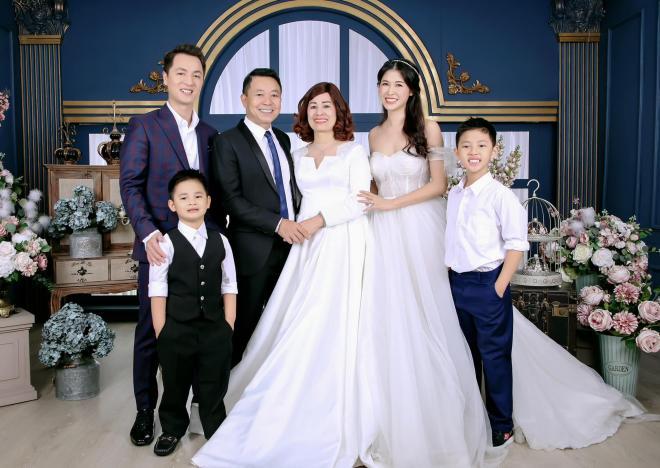 gia đình Đăng Khôi  2