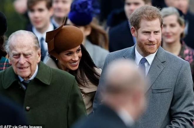 Nữ hoàng lần đầu phá vỡ luật 'không phàn nàn, không giải thích' của Hoàng gia, bóc trần lời nói dối trắng trợn của Harry và Meghan 2
