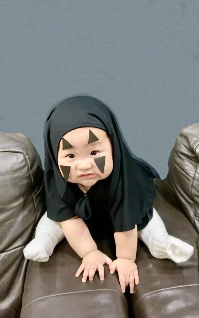 cháu gái Trấn Thành giống nhau  3