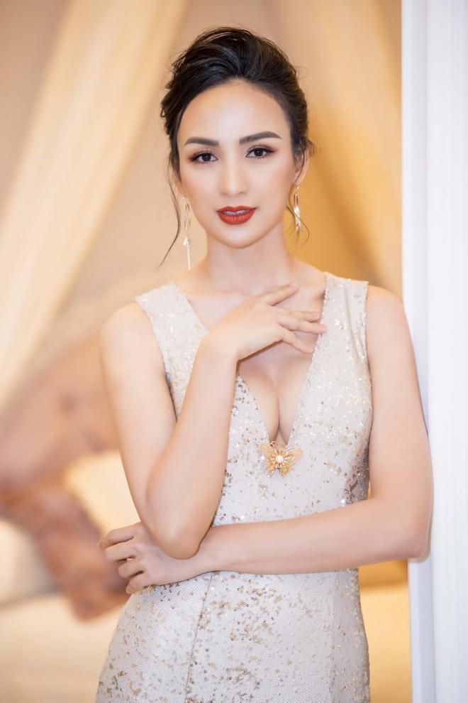 Hoa hậu Ngọc Diễm xây nhà 0