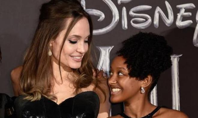 Là con gái của Angelina Jolie nhưng Zahara vẫn bj kỳ thị bởi màu da, đến cả y tá chăm sóc cũng tỏ ra khinh miệt 5
