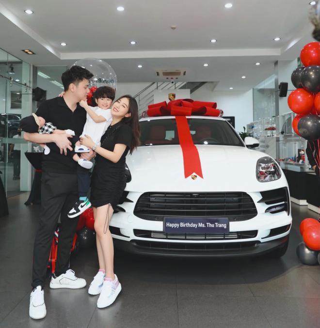 Trang Lou mua xe  0